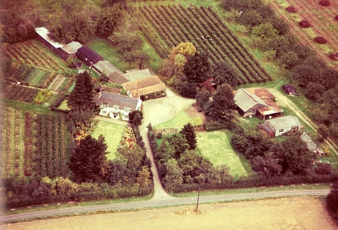 Appletree Farmhouse aerial view 1972